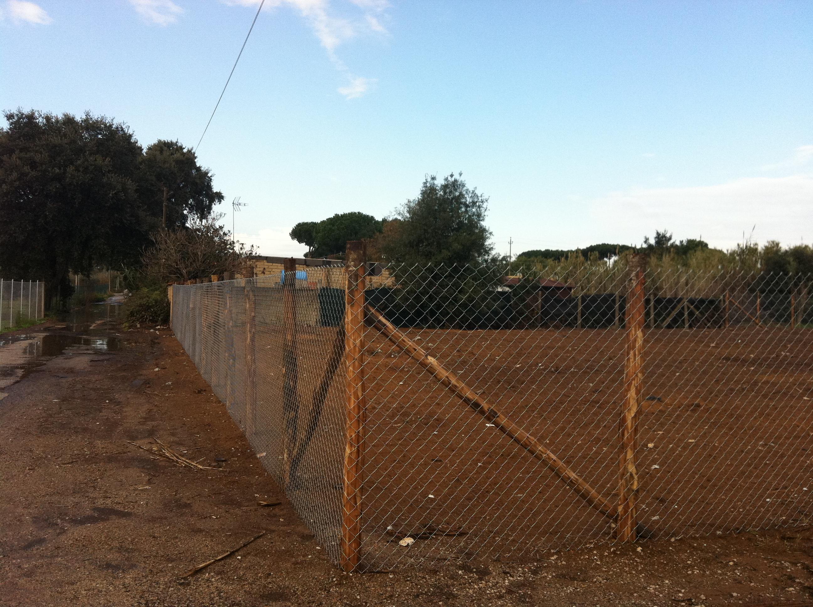 Autorizzazione per recinzione terreno agricolo